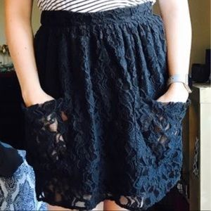 URBAN OUTFITTERS: Kimchi Blue Lace Skirt