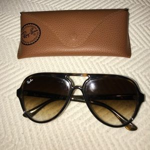 Ray Ban Aviators womens brown plastic frame & case
