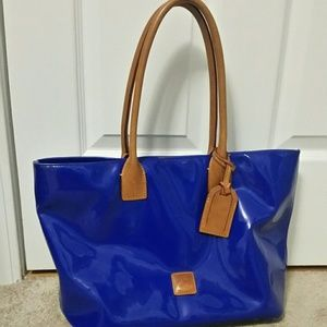 Dooney and Bourke patent leather tote bag