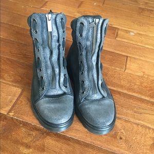 Dr. Martens playa bootie size EU 37