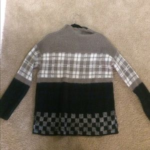 Urban outfitters plaid blocked sweater NWT