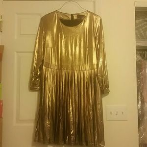 Long sleeve Gold dress
