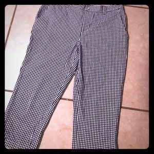 NWOT Capri pants