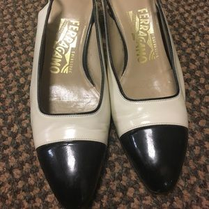 Vintage Ferragamo Cream/Black Kitten Heels 6.5