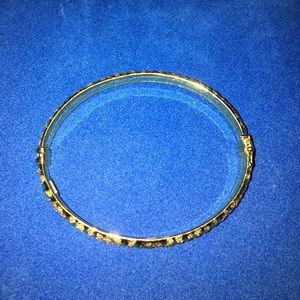 Jewelry - 14k yellow gold animal print bangle
