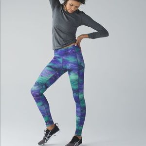 Rare lululemon Rio Nights speed tights!