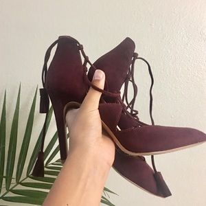 Jessica Simpson Burgundy Lace up Heals
