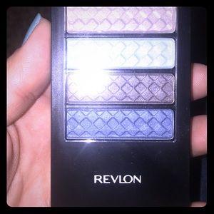 REVLON Eyeshadow quad *DISCONTINUED*