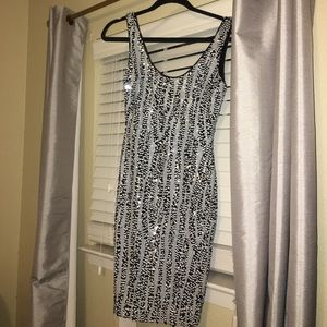 New Cache black and white dress