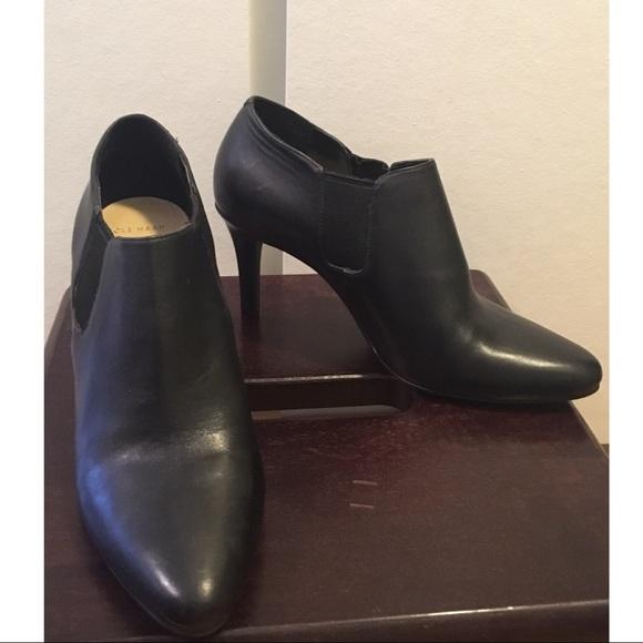 dd618e2cef5b9 Cole Haan Shoes - Cole Haan Black Leather Ankle Bootie heels Sz. 7