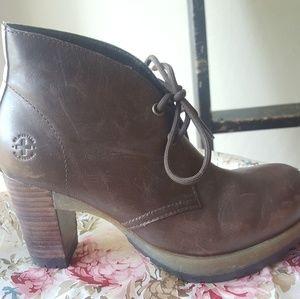 Dr Martens Viviana Brown Leather 2 Eye Block Heel