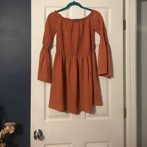 Dresses & Skirts - Missguided. Size medium. Beautiful fall color.