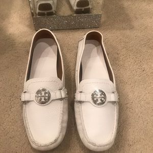 Tory Burch white leather driving shoe