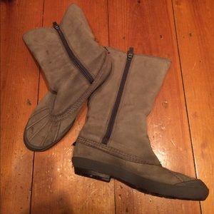 Ugg boots size 7.5 sheepskin lined