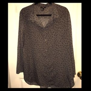 Black and Gray Leopard Print Blouse Size L