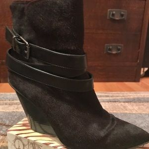 Kenneth Cole Tres A Charm high-heeled booties