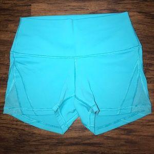 Lululemon Shorts with Mesh Side Size 6