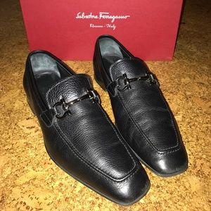 Salvador Ferragamo flori pebble leather loafers