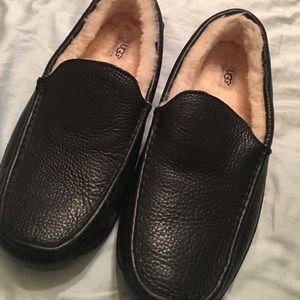 Men's size 12 ugg slippers