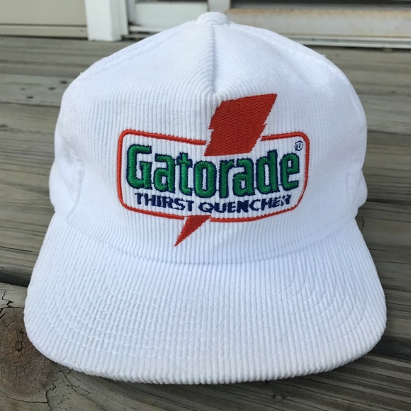 wholesale dealer e8562 eb4e5 Vintage Sports Specialties Corduroy Gatorade snap.  M 59c468cebcd4a7a3f200b8b0
