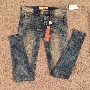Dittos acid wash jeggings from UO