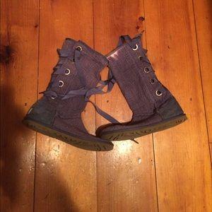 Ugg textile boots sz 7 Eva ribbon lace up