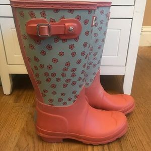 Hunter Rain Boots ☔️size 5 Flowers on them.