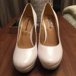 White round toe stiletto