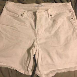 Loft white Jean Shorts size 6