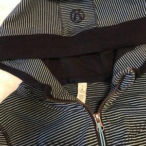 Lululemon long sleeve hoodie