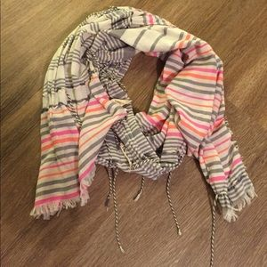 J crew light scarf
