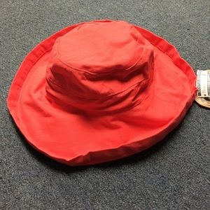 Coral red sun hat with draw string