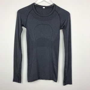 [Lululemon] Striped Swiftly Tech Long Sleeve Shirt