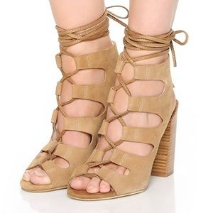 UNWORN new Jeffrey Campbell Lace up Allow Sandals