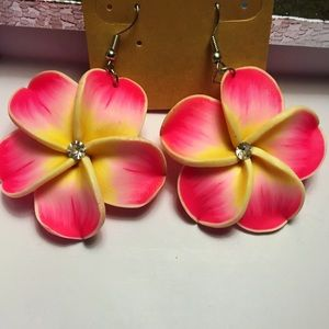 🍑Pink and yellow flower earrings🍑