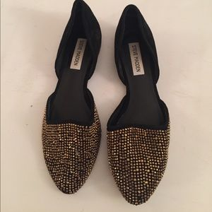 Steve Madden black and gold stud flats