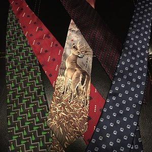 Tie bundle (Oscar dela Renta, Jos. A banks)