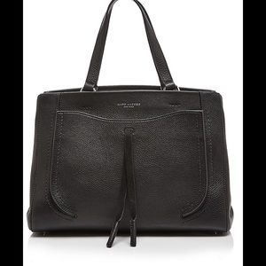 MARC JACOBS BLACK MAVERICK TOTE BASIC HANDBAG