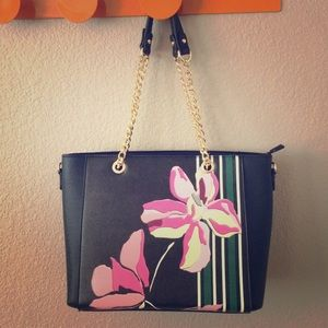 Beautiful flower tote