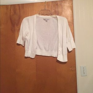 White Wusrter Length Cropped Sweater