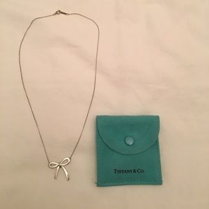 Tiffany's bow pendant necklace