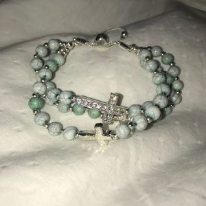 Jewelry - Light blue beaded bracelet