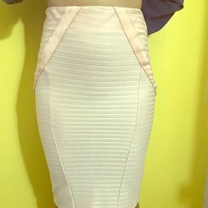 Bandage skirt in pink