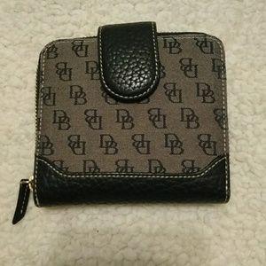 NEW-Dooney & Bourke bifold women's wallet