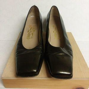 Ferragamo low heels