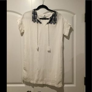 Light cotton dress with embroidery.