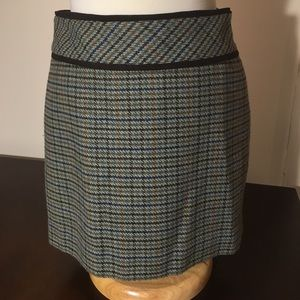 Adorable Wool Houndstooth Miniskirt