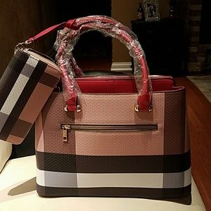 Burberry plaid bag
