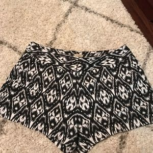 Cremieux shorts size 12