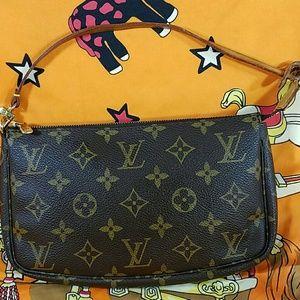 Authentic Louis Vuitton Twin Pochegge Clutch